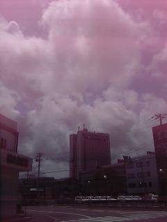 [310]お盆の空
